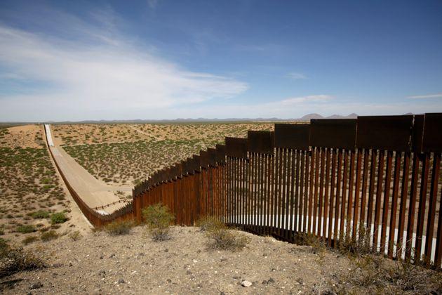 ΗΠΑ: 3,6 δισ. από το Πεντάγωνο για το τείχος στα σύνορα με το