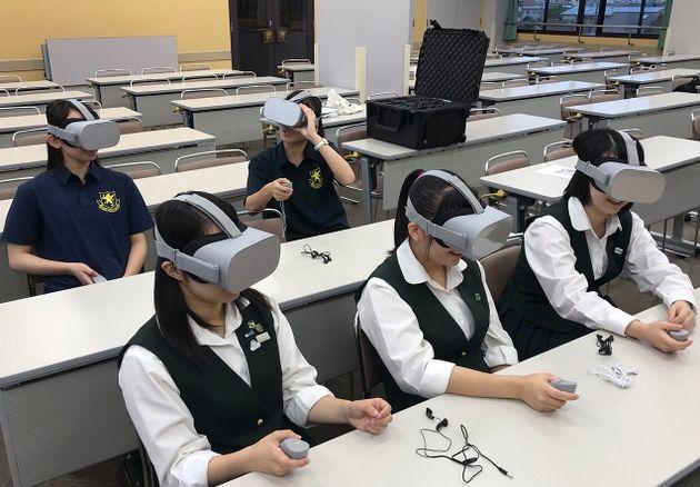 対人VR英会話レッスンとは?アメリカのスタートアップ、世界初の試験導入。仙台の進学校で