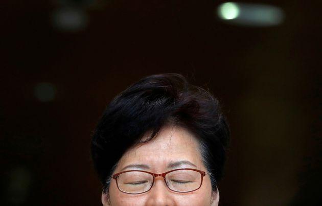 La jefa del Gobierno de Hong Kong, Carrie Lam, durante una rueda de prensa,
