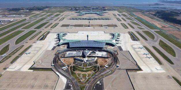 인천공항 제2터미널 개장 첫날 수하물 사고가