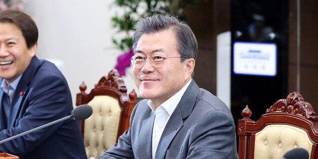 김영란법 개정하며 축의금·조의금에 대해 문대통령이 한