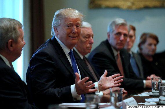 이민정책을 논의하던 트럼프는