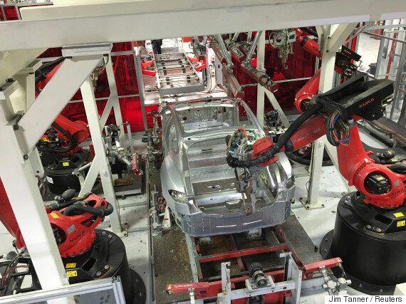 테슬라가 모델3 생산량 목표달성 시점을 또 연기했다. 의문은 커져만