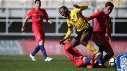 한국이 자메이카에 2-2로