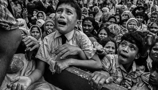 미얀마 로힝야족의 위기를 보여주는