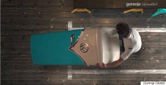 폭스바겐 미니버스를 닮은 냉장고가