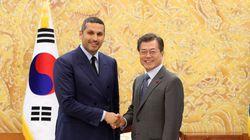 UAE 특사가 한국과의 관계를 이것에