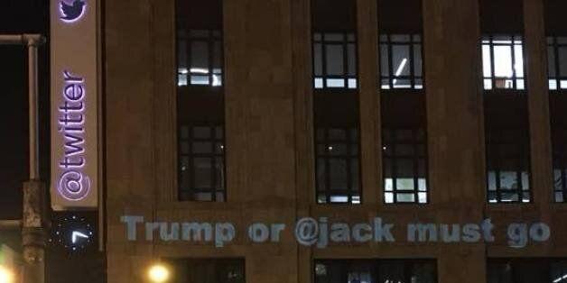 트위터 본사에 '트럼프 트윗'을 막지 않는 것을 비판하는 문구가