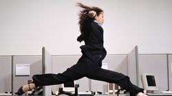 서른 전후 직장인의 70%가 진로 고민으로 '청년의 위기'를
