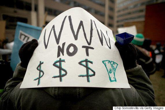 미국 FCC가 끝내 '망중립성 규제'를 폐지했다. '자유로운 인터넷'을