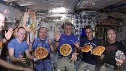 우주에서 만든 피자는 이렇게