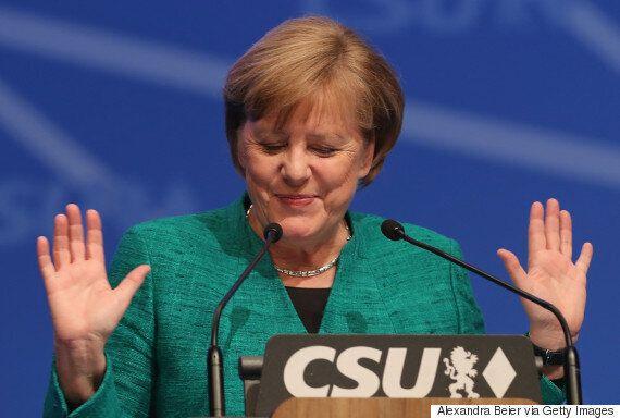 메르켈이 일단 큰 고비를 넘겼다. 사민당이 연정 협상에