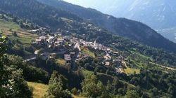 이 스위스 마을은 이주자에게 2760만원