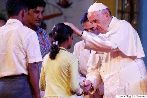 프란치스코 교황이 마침내 로힝야족 난민을 만나