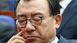'탄핵안 통과 1년' 공식 논평 한 줄 안낸