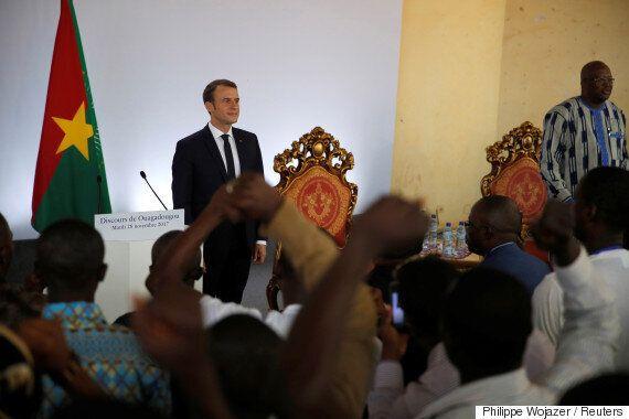 에마뉘엘 마크롱 프랑스 대통령이 부르키나파소 정상에게
