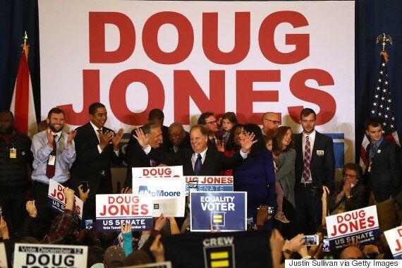 미국 '공화당 텃밭' 앨라배마 선거에서 예상을 깨고 민주당이