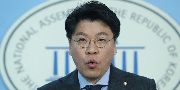 자유한국당이 문재인 대통령의 중국 방문을
