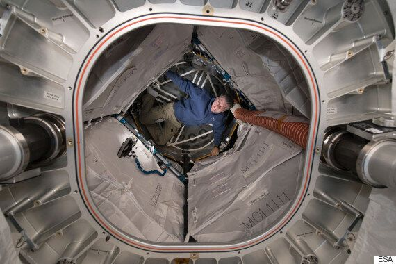 국제우주정거장에서 바라본 오로라의 모습은 정말