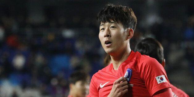 [A매치] '손흥민 2골 폭발' 한국, 콜롬비아 2-1 제압...신태용호 첫