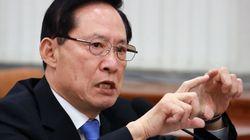 송영무 국방장관은 미니스커트에 대해 나름의 생각이