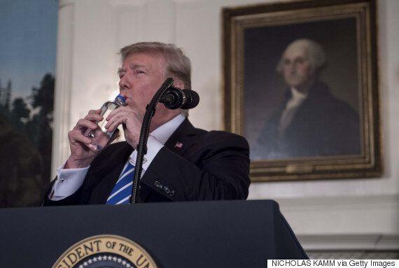 트럼프가 예고했던 '중대 발표'를 했다. '중대'한 내용은