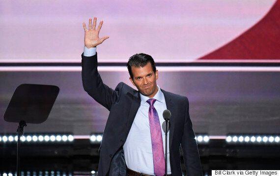 트럼프 주니어가 대선 당시 위키리크스와 주고 받은 은밀한 'DM'이