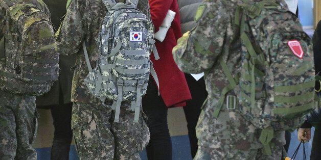 국방부, 수능연기에 응시장병 휴가 '공가'로