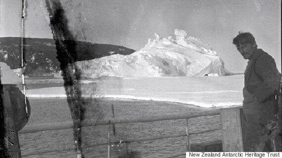 100년 동안 남극 빙하에 묻혀있던 필름을