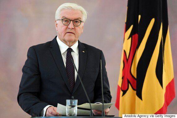 메르켈이 '재선거' 가능성을 시사했다. 정치 역사상 최대의 '모험'이 될