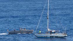 5개월 간 바다에서 표류하던 여성들이