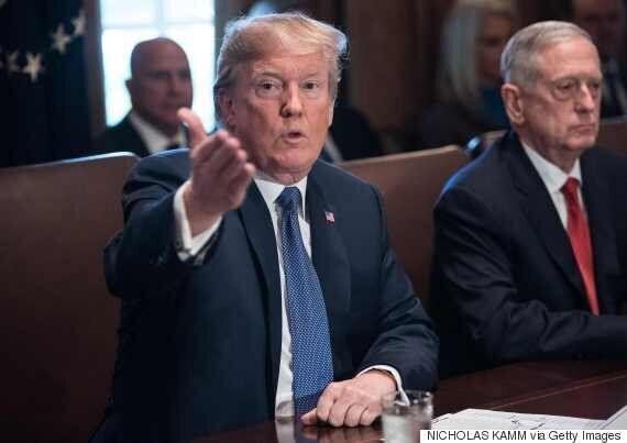 트럼프가 뉴욕 테러 직후 '팩트도 없이' 이민정책 수정을
