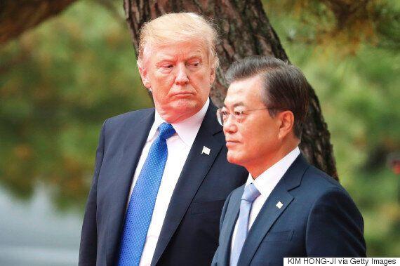 트럼프는 한국이 미국 무기를 구입해 무역적자를 줄일 것이라고