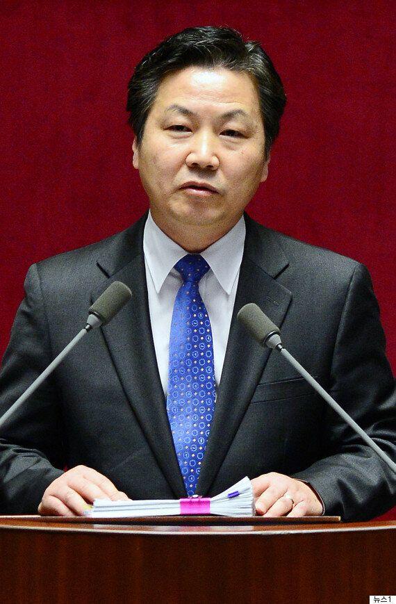 문대통령, 중소벤처기업부 장관에 홍종학 전 의원
