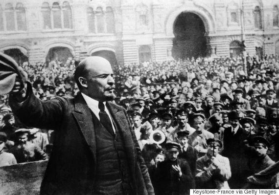 대중은 혁명을 일으켰지만 혁명은 딜레마를