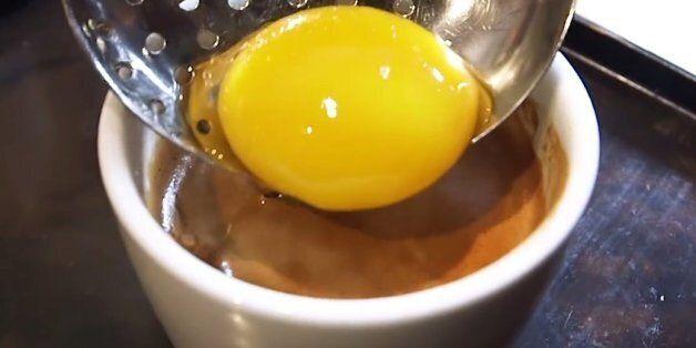 한국에서 유행했던 '계란 노른자 동동 띄운 모닝커피'가 뉴욕에
