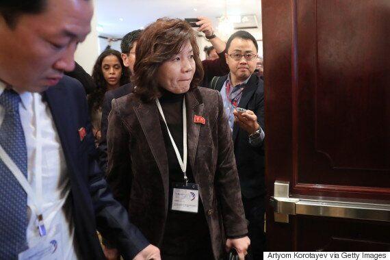 북한 외무성 최선희 국장이 '북한-미국 대화가 이뤄지고 있다'고