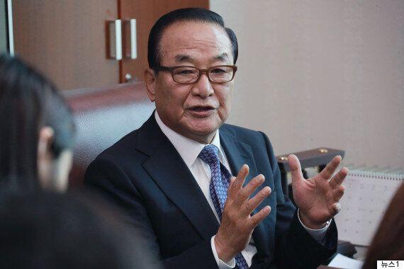 탈당 권유 받은 서청원이 홍준표의 사퇴를