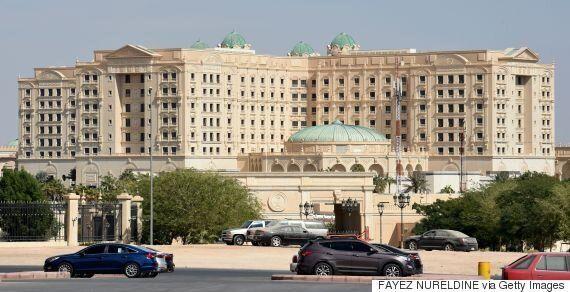 사우디아라비아에서 최근 숙청된 왕족과 전직 장관이 최고급 호텔에 감금돼
