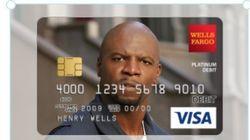 신용카드에 테리 크루즈 얼굴 넣은 여성의