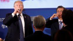 트럼프가 만찬사를 '즉석 수정'한 '따뜻한'