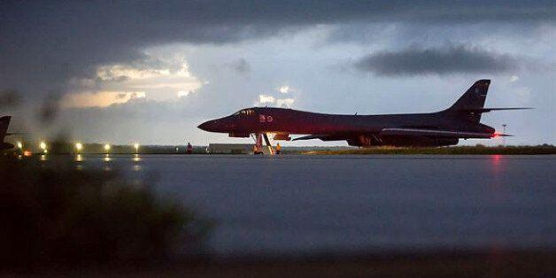 국정원에 따르면 북한은 미군 폭격기 B-1B 출격에 '깜짝