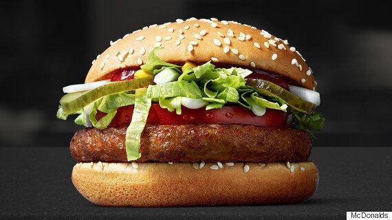 맥도날드가 비건 채식주의자를 위한 버거를 시험하고