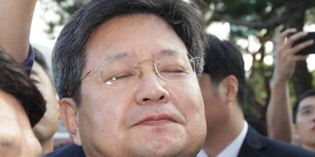 김장겸 MBC 사장 출근길에 김민식 PD가 던진