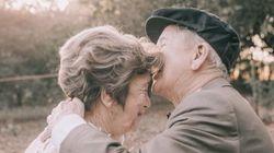 이 노부부는 최근 생애 첫 결혼 사진을