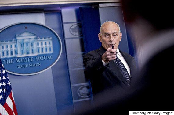 아들을 전쟁터에서 잃은 백악관 비서실장이 트럼프의 전사 군인 '홀대 논란'을