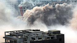 건물 여러채가 한꺼번에 붕괴되는 장면을