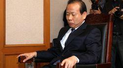 김이수 권한대행이 오늘 국감에서 1시간 30분 동안 겪은
