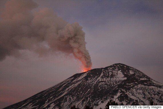 멕시코시티 인근의 포포카테페틀 화산이