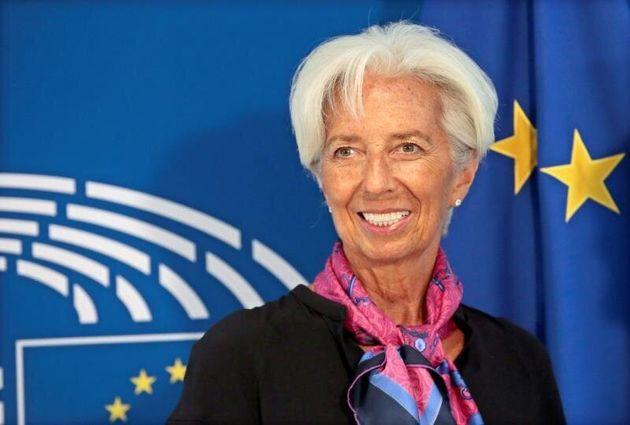Lagarde apoya mantener la política monetaria acomodaticia del BCE. EFE/EPA/OLIVIER